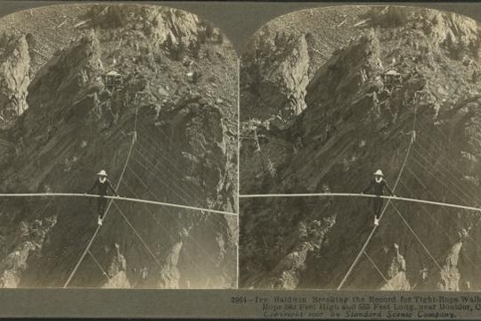 NYPL Lets You Make GIFs From Turn-Of-The-Century Stereographs