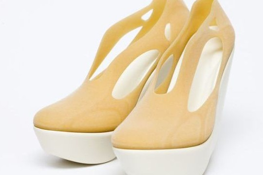 Modern Silhouettes: 3D Printed Wedges From Hoon Chung