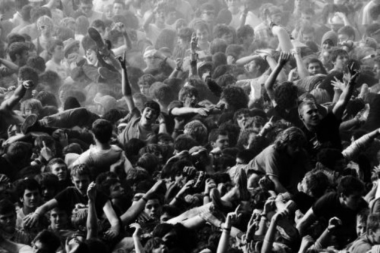 The Physics Of The Mosh Pit Could Help Design CG Crowd Scenes