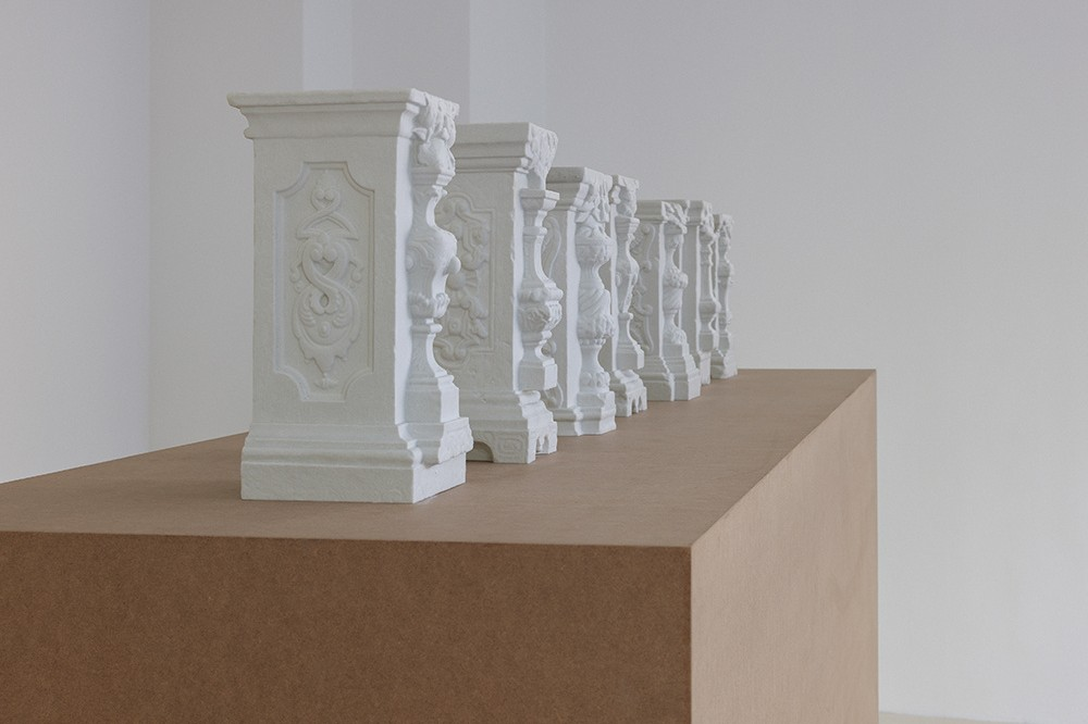 "Artist Generates Controversy Around 3D-Printed ""Stolen"" Chinese Columns"