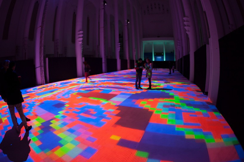 "Interactive Light Display Turns Floor Of Moroccan Church Into ""Magic Carpets"""