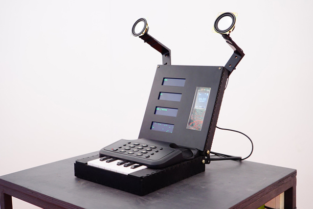 This sound sculpture makes algorithmic prank calls the