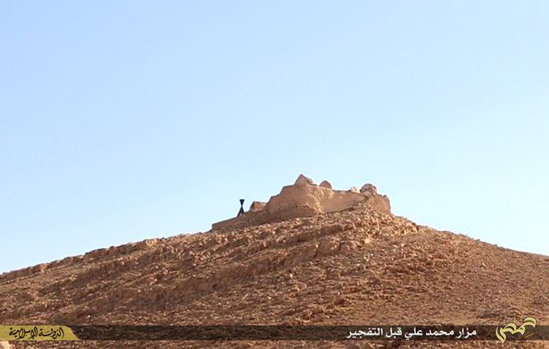 Syria-Before - Palmyra Mausoleum.jpg
