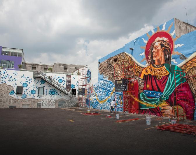 Conoce al colectivo que est pintando murales educativos for Arte colectivo mural